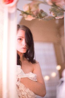 Desty, Spiegel, romantisch, Model, Lampions, verletzlich, romantisch, Blumen, Blüten, Tüll,