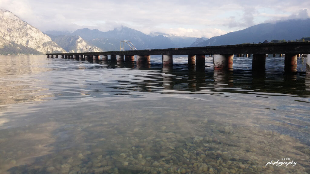 Lieblingsplatz, Österreich, Naturfotografie, See, Bergsee, Steg, glasklares Wasser, Berge, Sommer, Frische, Natur